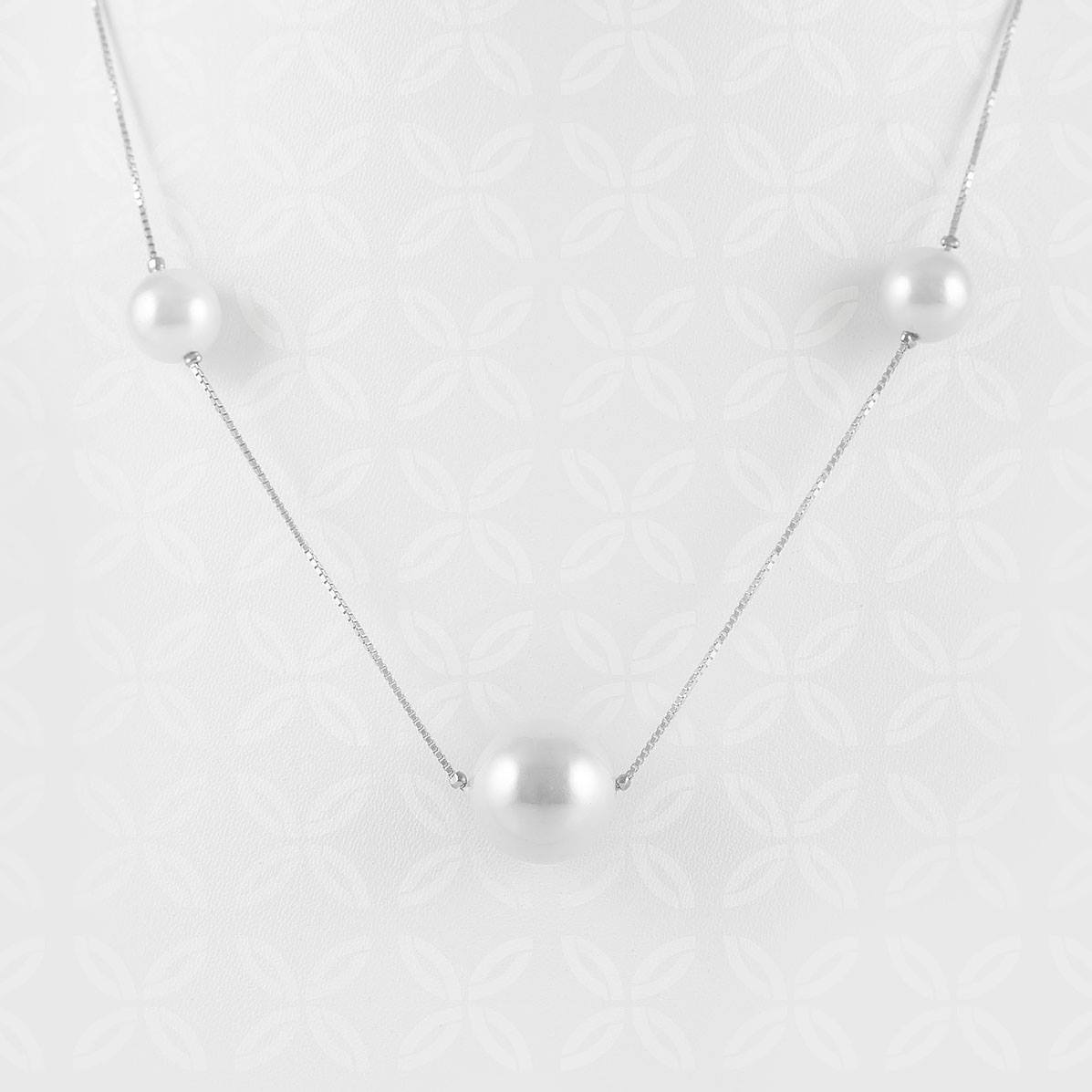 Triple Pearls Silver Necklace