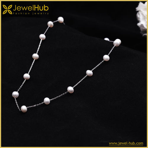 Fashionable Pearls Silver Necklace