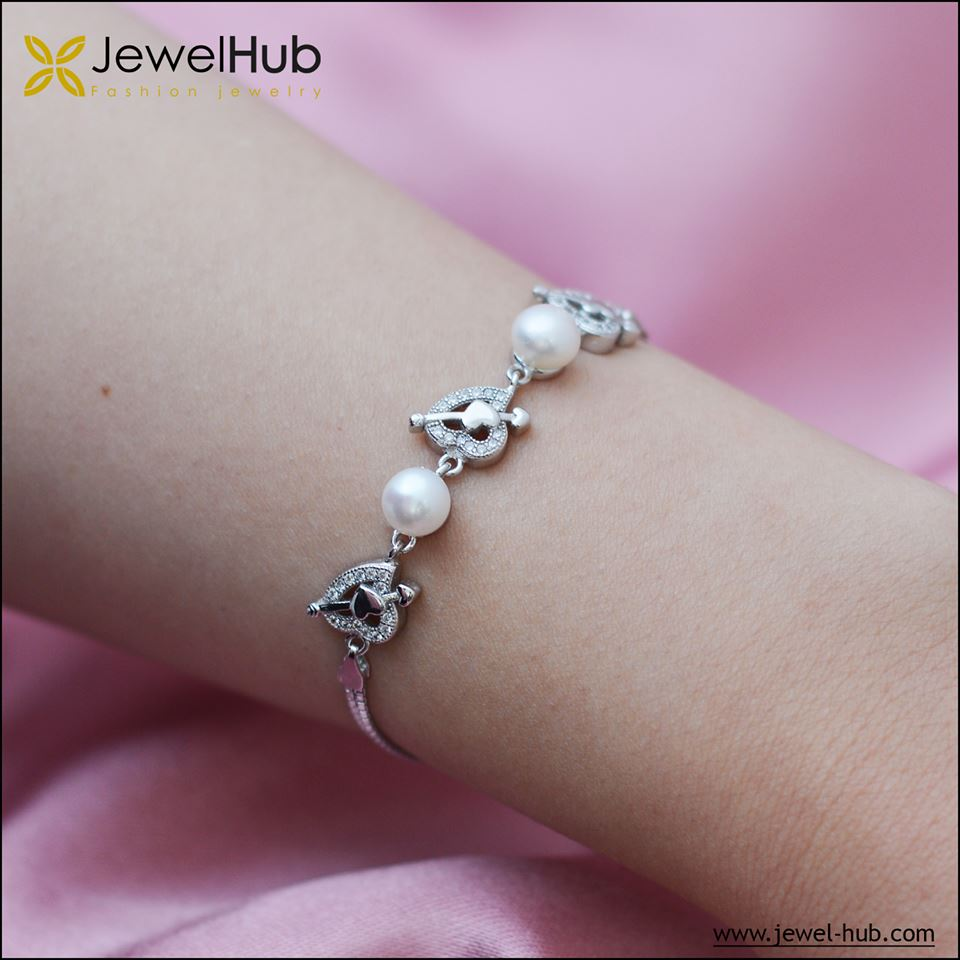 Hearts With Pearls Silver Bracelet