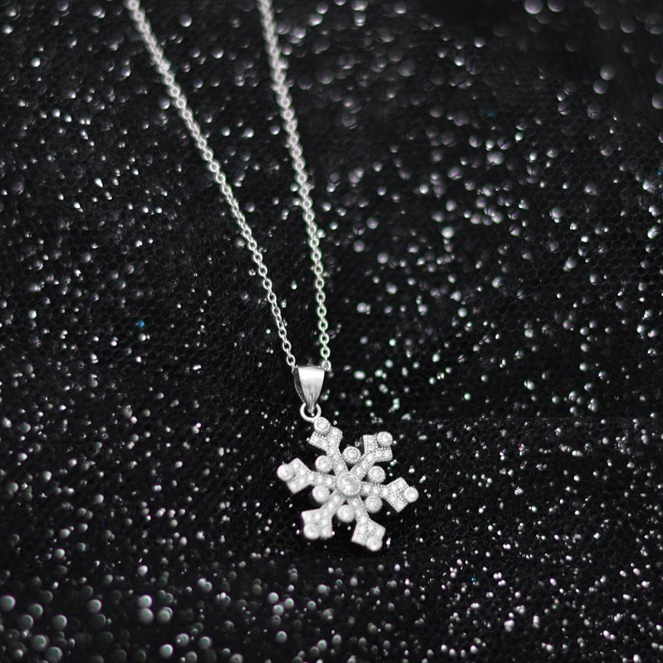 Snow Flake Italian Silver Necklace
