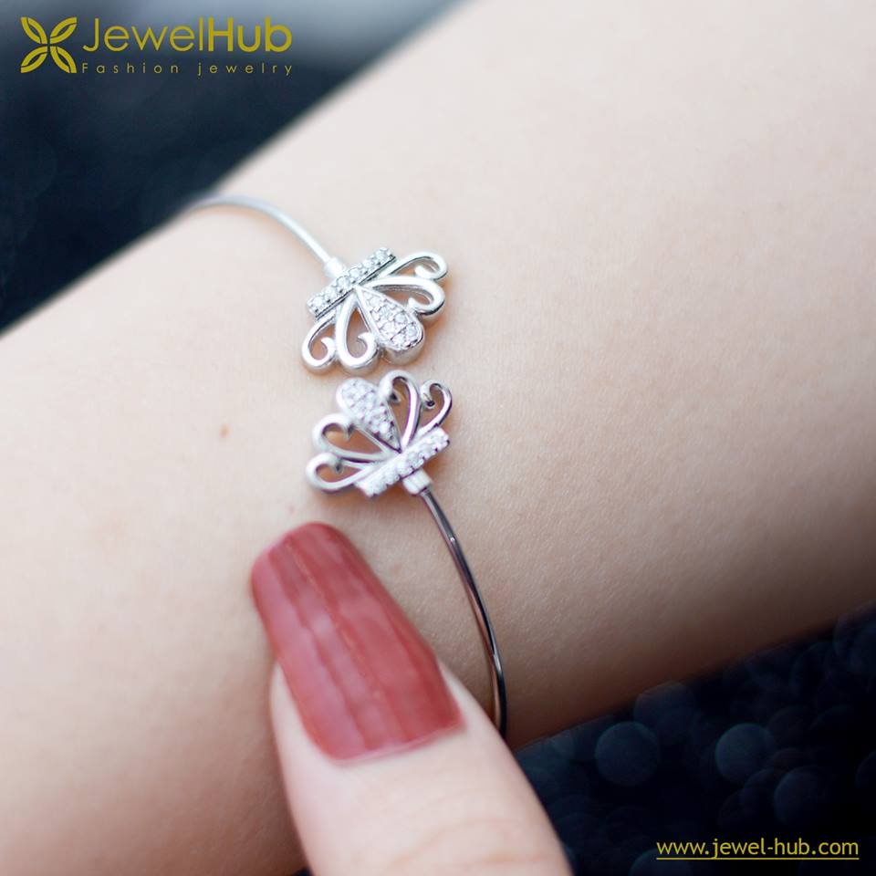Crowns Silver Bangle