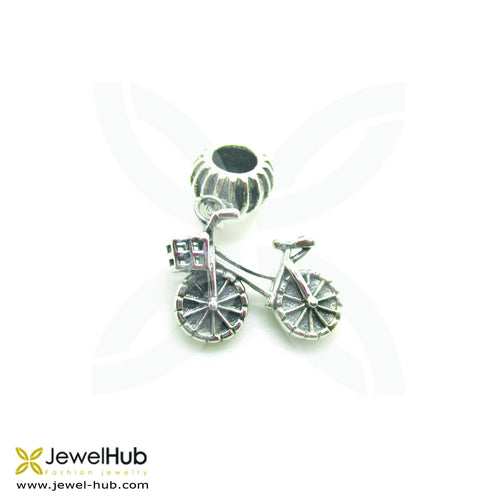 A bicycle-shaped charm made of sterling silver 925.