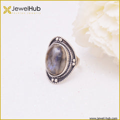 Classy Silver Ring