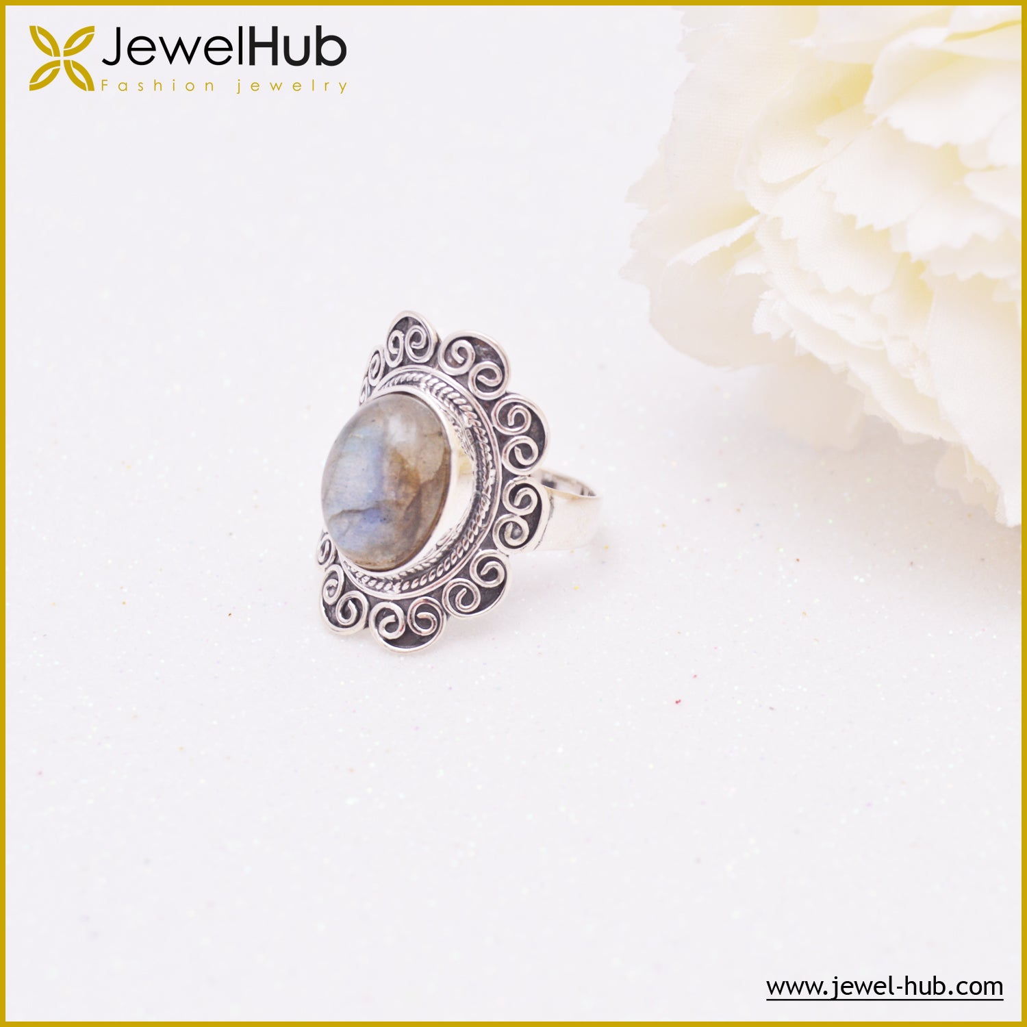 Fashionable Silver Ring
