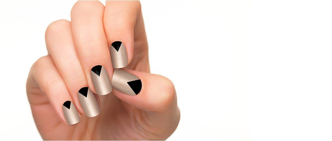 Mysterious and unsettled apex nail strips are made exclusively for gorgeous lady.