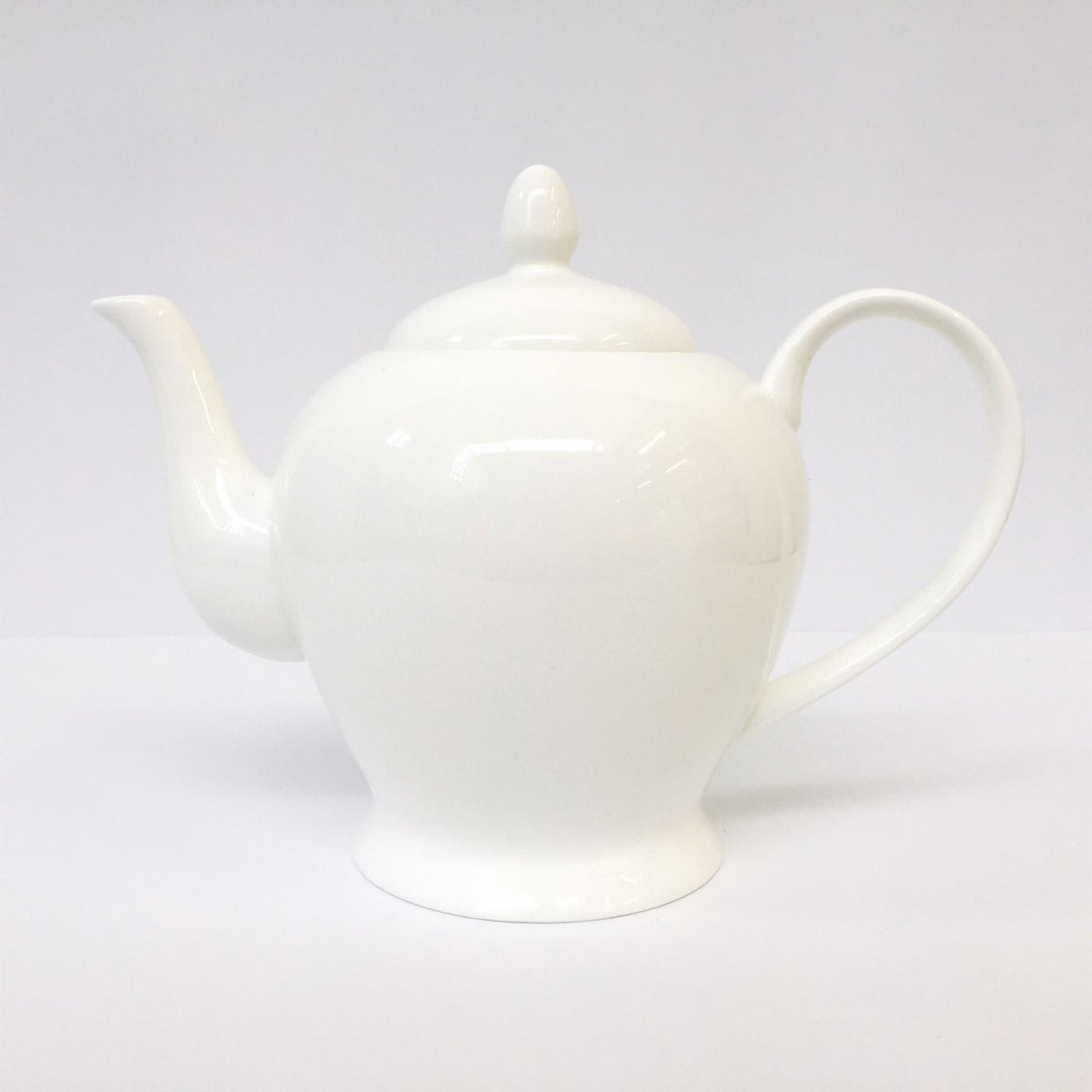 Classic Bone China Teapot 0.6l