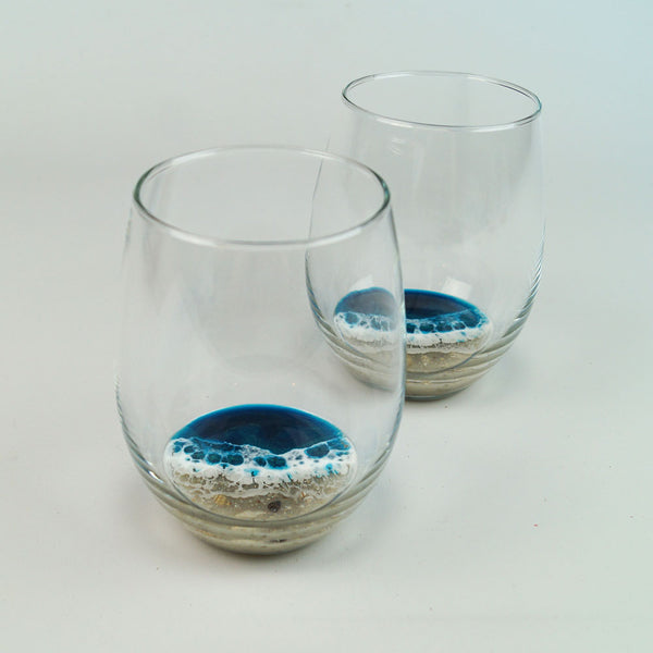 2 Large Resin Wine Glasses - Atlantis