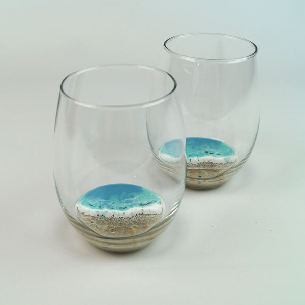2 Large Resin Wine Glasses - Coastal Cool