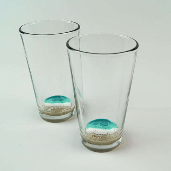 2 Resin Pint Glasses - Aqua Surf
