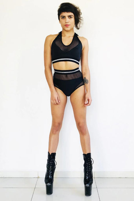 Unapologetic Shorts - Black-Sorte-Pole Junkie