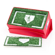 Cincinatti Reds Cufflinks and Money Clip Gift Set