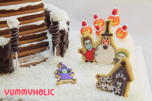 nightmare before christmas snow scene - Nightmare Before Christmas Gingerbread House