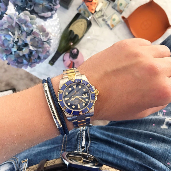 The Signature Leather Wrap bracelet provides a more bulky feel on your wrist, for those who want more gravitas from their jewellery that compliments their watch.