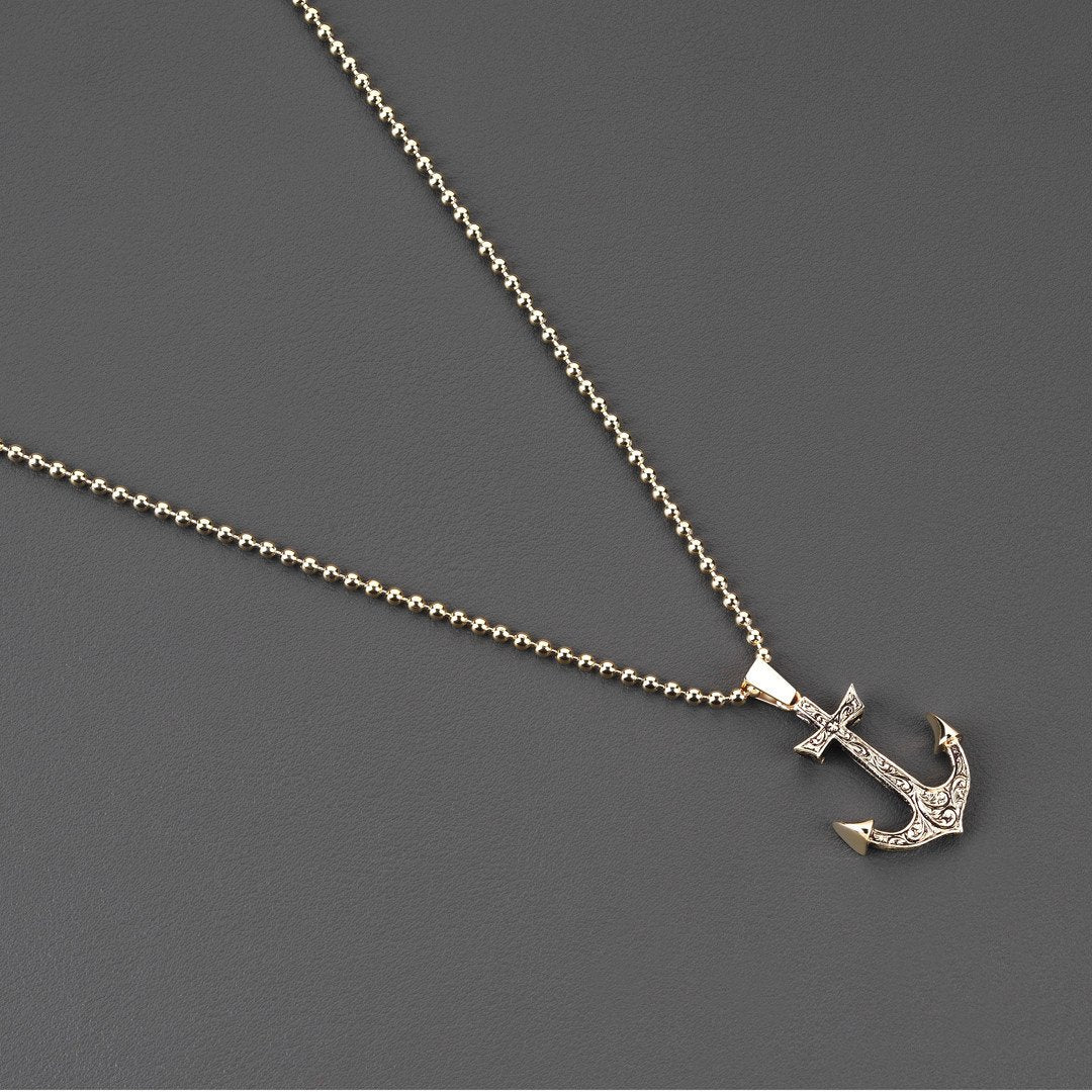 18k Mens Anchor Necklace