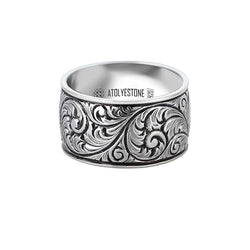 Premium Classic Band Ring in Silver
