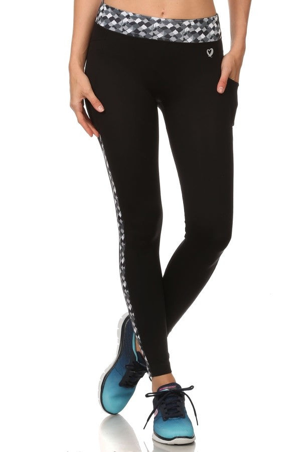 Activewear Leggings With Phone Pocket