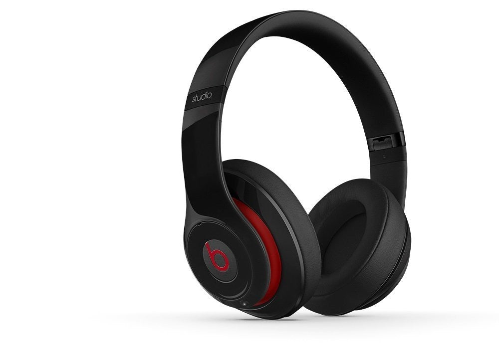 Beats Studio 2.0 Wired OverEar Headphone (Certified Refurbished)