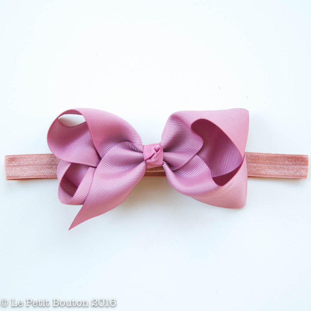 "Medium Ribbon Bow Headband ""Jasmin"" Lush dusty pink - Le Petit Bouton"