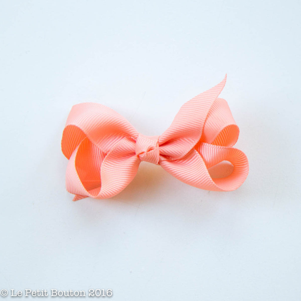 "Small Ribbon Bow Hairclip ""Brandy"" Peach - Le Petit Bouton"