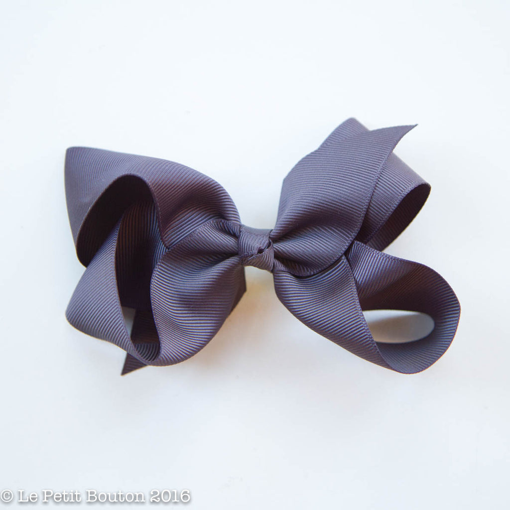 "Medium Ribbon Bow Hairclip ""Caterina"" Charcoal - Le Petit Bouton"