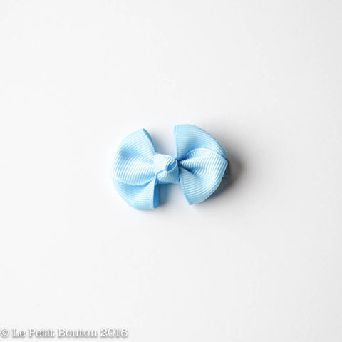 "SS17 Petit Bow Clip ""Trixie"" Light Blue"