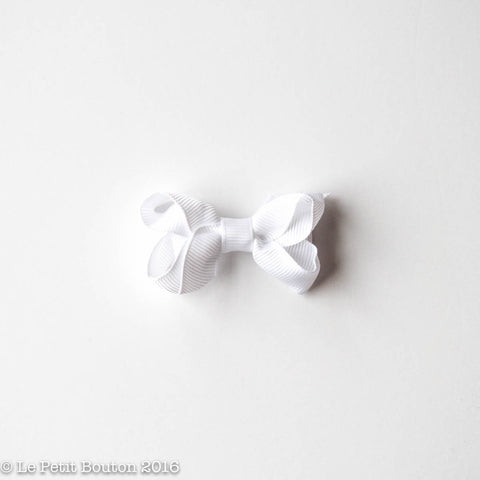 Petit Grosgrain Ribbon Bow Clip - Crisp White