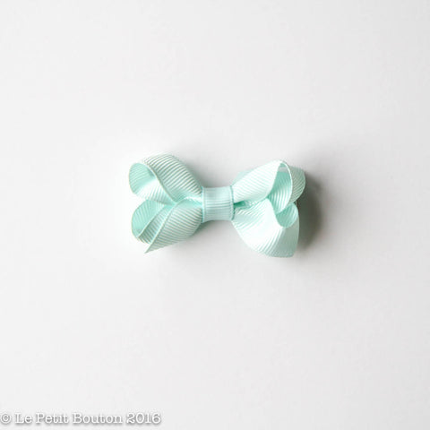 Petit Grosgrain Ribbon Bow Clip - Ice Mint