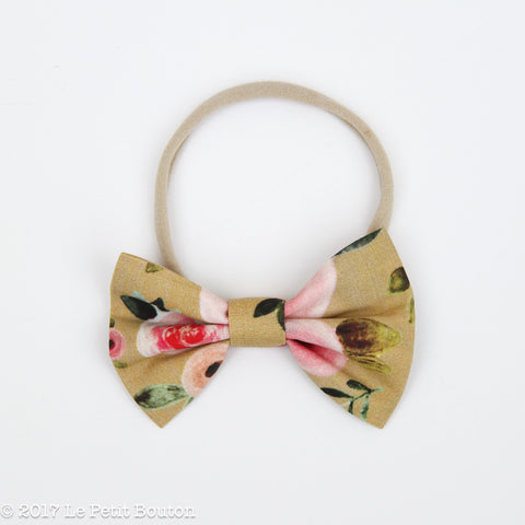 A17 Large Bow on Nylon Headband