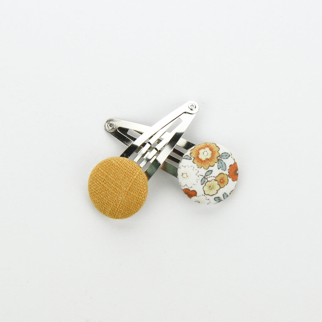 Covered Button Snap Clip Pair - Natural Ditsy