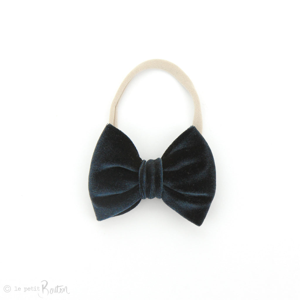 W2020 Velvet Large Bow on Nylon Headband - Ink Navy Velvet