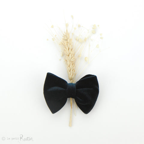 aw19/2 Luxe Velvet Large Bow Hair Clip - Navy Velvet