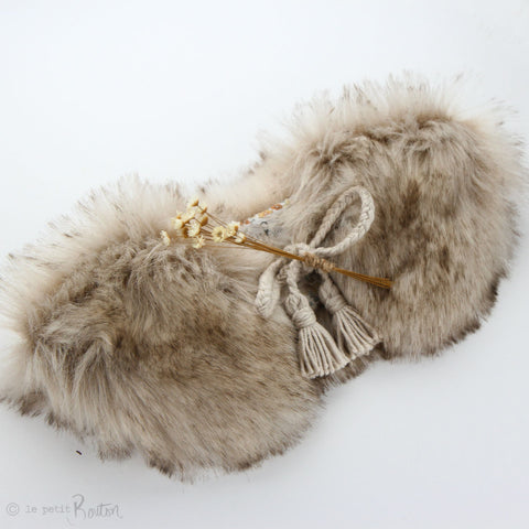 W20 Luxe Faux Fur Collar - Sable