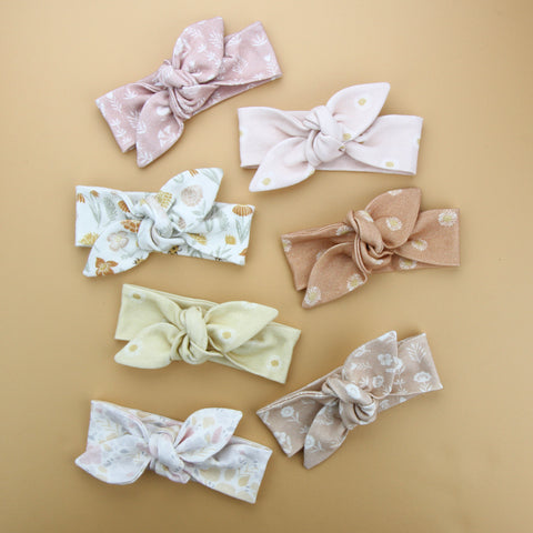 Newborn Organic Cotton Top Knot Headband - Daisy - Shell Pink