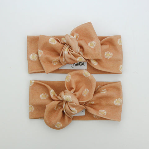 Autumn20 Organic Cotton Top Knot Headband - Easter Daisy - Clay