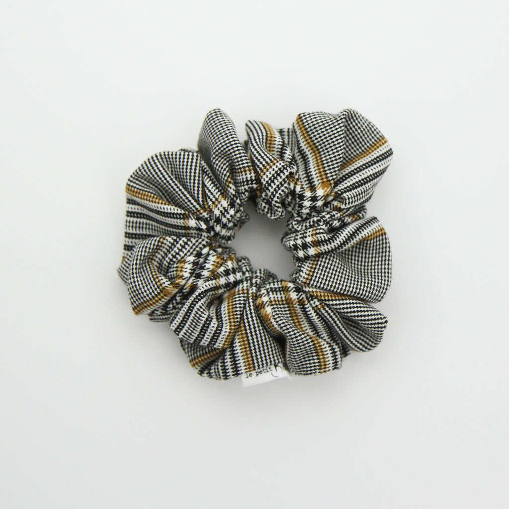 W20 Luxe Statement Scrunchie - Classic Plaid