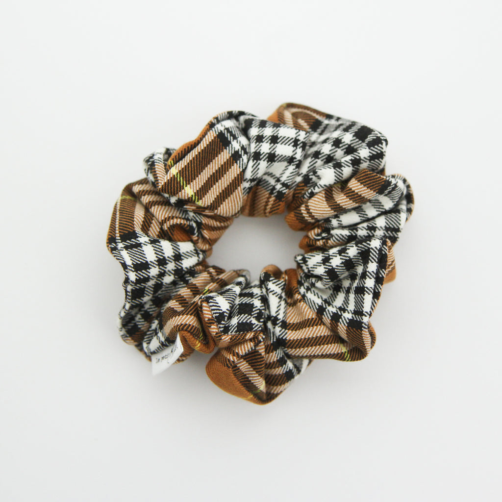 W20 Luxe Statement Scrunchie - Tan Plaid