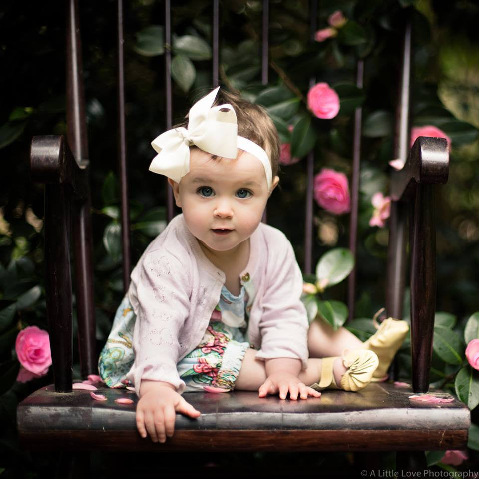 "Medium Bow Headband ""Yvette"" Ivory - Le Petit Bouton"