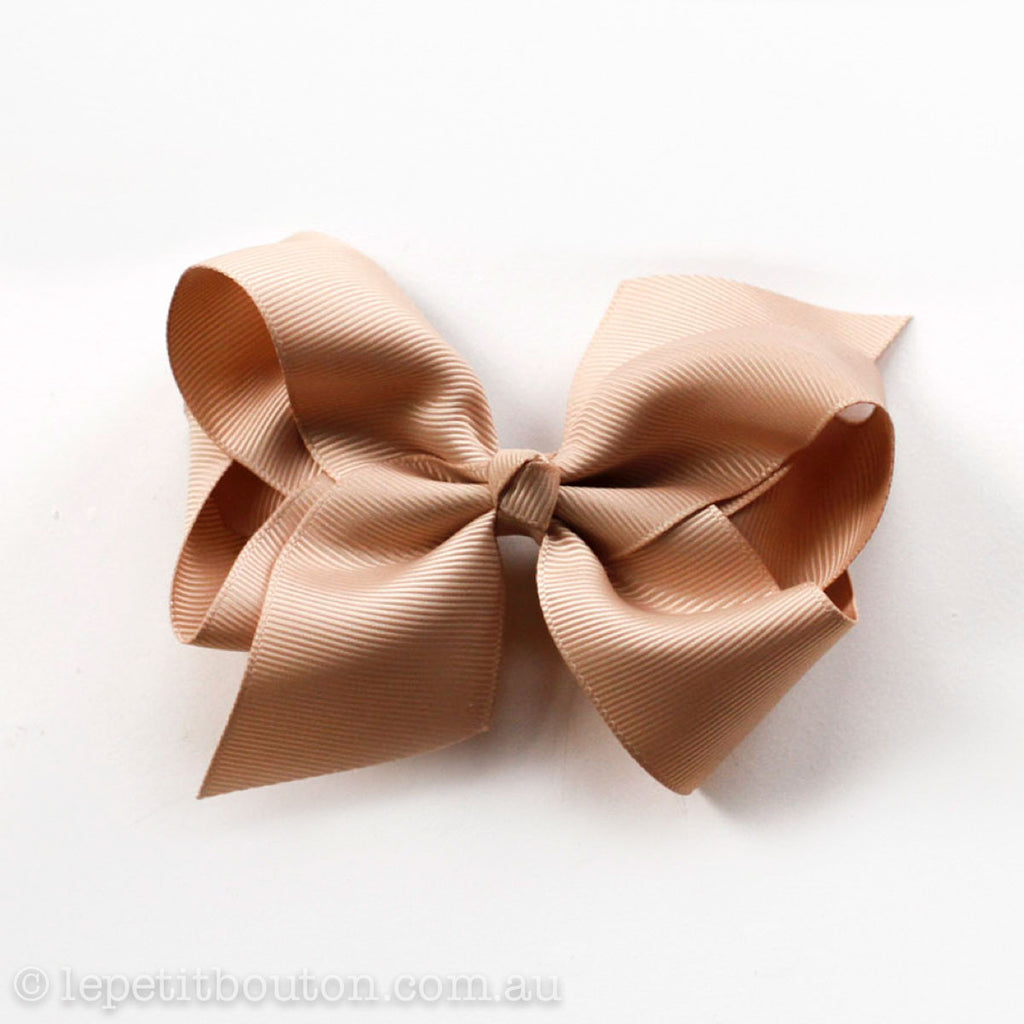 "Medium Bow Hairclip ""Indi"" Caramel - Le Petit Bouton"