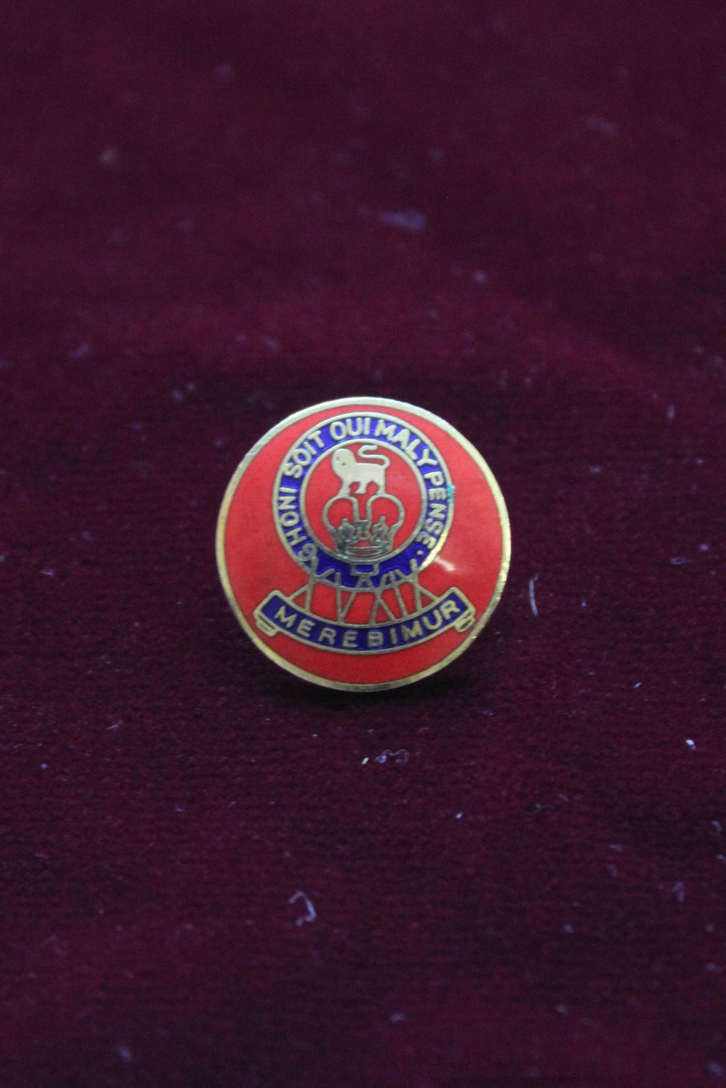 15/19th The Kings Royal Hussars Button