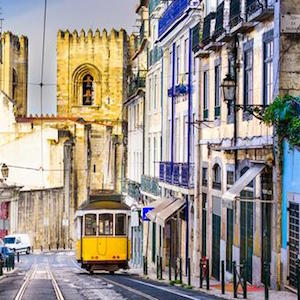 Portugal Essential Packing List by Jetset Times SHOP