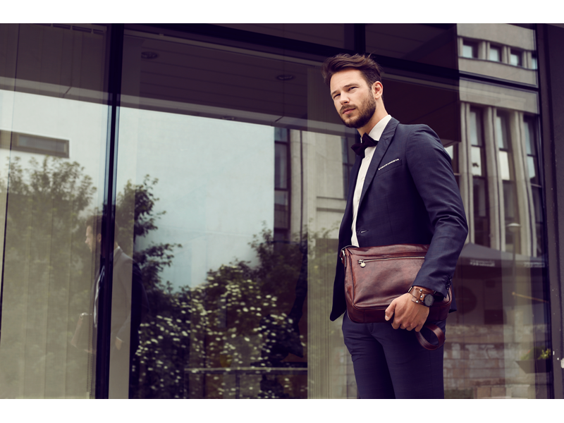 Brown Leather Messenger Bag - The Stranger for Men and Women by Time Resistance on Jetset Times SHOP
