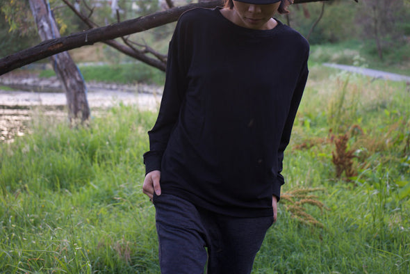 Bamboo Pullover Jersey in Black for Men and Women by One For The Road on Jetset Times SHOP