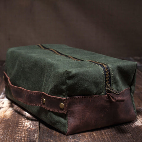 Men's Waxed Canvas Leather Dopp Kit - Green w/ Brown