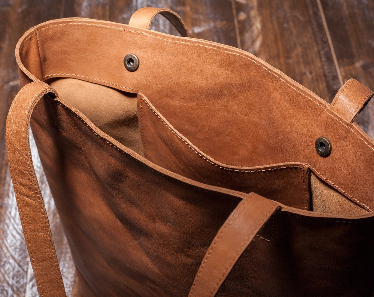 Women's Brown Leather Tote Bag by Tram 21 on Jetset Times SHOP