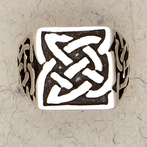 Celtic Knot Sterling Silver Band
