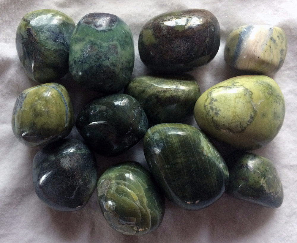 Serpentine Tumbled Stone