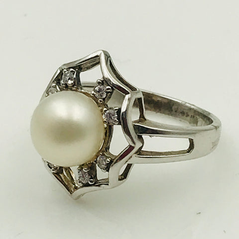 White Pearl and Topaz Sterling Silver Ring - Size 7