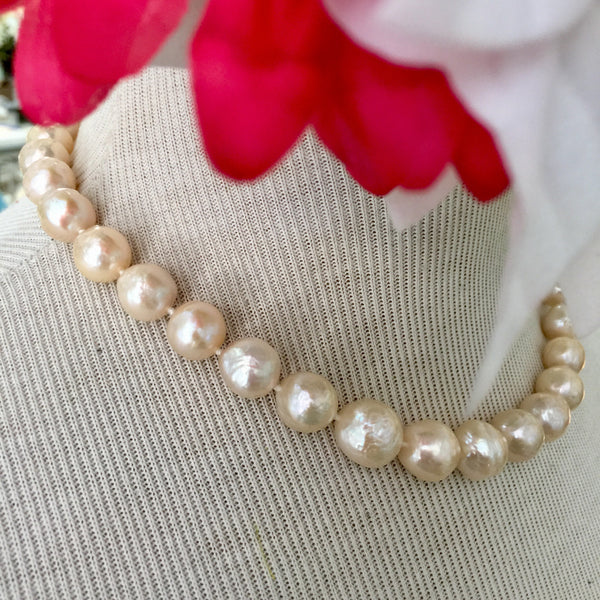 a6b891e993b7c 'Cream of the Crop' 14kt Gold Off White Pearl Necklace -16 in