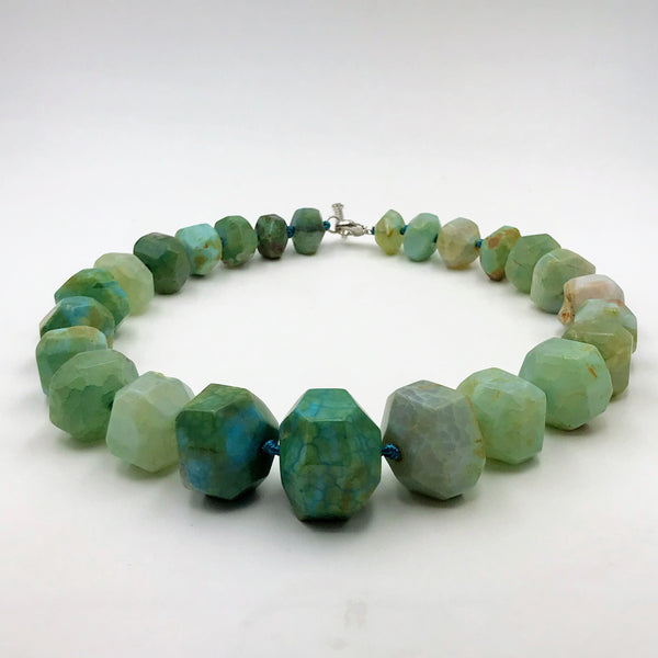Chunky Graduated Large Facet Green Agate Necklace - 20 inch