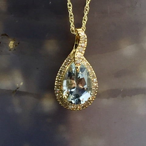 Aquamarine and Diamond Pendant with 10kt Gold Chain